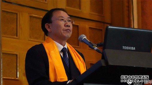 中共青海省委宣传部常务副部长王志明致辞。 人民网 刘畅 摄